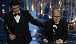 "Premio Oscar a Ennio Morricone per la colonna sonora di ""The Hateful Eight"","
